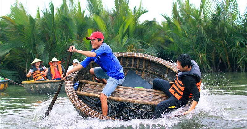 Du lịch Rừng dừa Bảy Mẫu